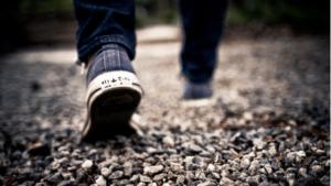 ずっと歩き続ける
